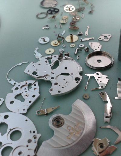 piezas reparación reloj